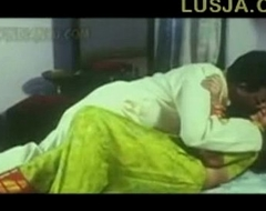 Poove Tamil B Grade movie - XVIDEOS com