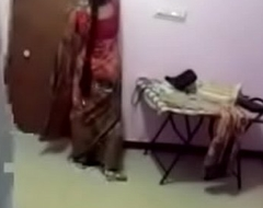 VID-20170724-PV0001-Talegaon (IM) Hindi 40 yrs old married housewife aunty dress changing dealings porn video-2