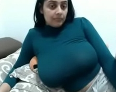Sexy Indian Wife Big Boobs MILF Law Insusceptible to Webcam - www.thesluttycams.com
